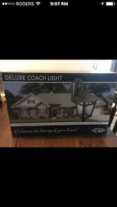 Deluxe Coach outdoor lights (2)