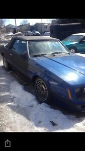 Ford Mustang 1986 convertible