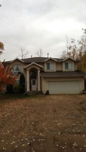 ACREAGE for rent in strathcona county with 5 acres!!!