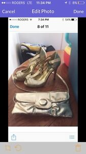 Gold shoes and matching purse size 6 mint condition