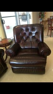 Leather sofa and recliners Belmont Brisbane South East Preview