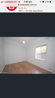 SINGLE ROOM FOR RENT IN PANANIA