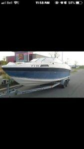 21.5 foot boat