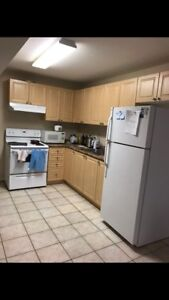 WATERLOO/LAURIER UNI Off campus apartment SUBLET for SUMMER