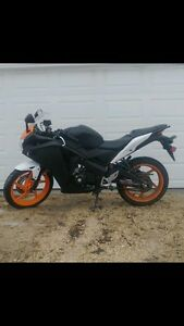 2011 Honda CBR 125 Excellent Condition- safetied