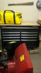 SOLD PPU.......HUSKY TOOL CHEST WITH WHEELS