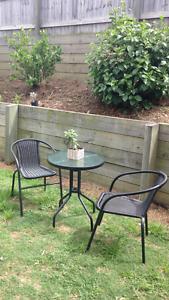 1 month old 2 seater garden set Bundamba Ipswich City Preview