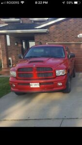 2004 Dodge Ram 1500  hemi 5.7L