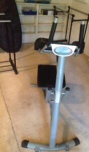 Abdominal workout machine Daisy Hill Logan Area Preview