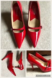 Totally High-heeled Red Shoes