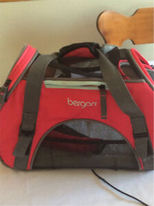 Pet carrier and laptop carrier