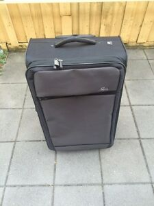 Skyway suitcase for sale Dandenong Greater Dandenong Preview