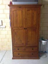 Large cabinet SOLD PENDING PICK UP Baldivis Rockingham Area Preview