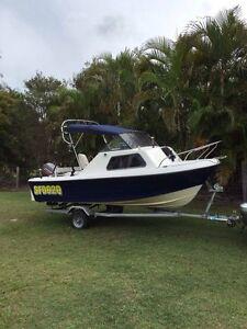Coastcraft 4.6m Halfcabin boat Caloundra Caloundra Area Preview