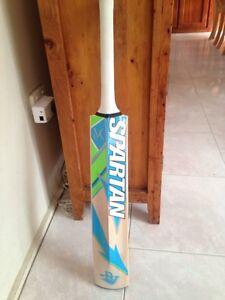 Cricket bat brand new Spartan size 5 Moorebank Liverpool Area Preview