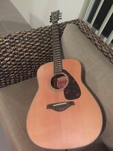 Yamaha acoustic guitar - near new!! Banjup Cockburn Area Preview