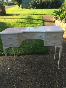 Shabby Queen Style Dressing Table Charlestown Lake Macquarie Area Preview