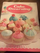 Cake Decorating Books Yallambie Banyule Area Preview