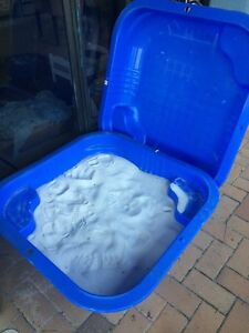 Outdoor clam shell sand pit + 2 bags sand Southport Gold Coast City Preview