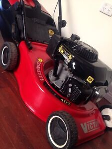 Free delivery immaculate Victa 4 blade OHV  heavy steel body Parramatta Park Cairns City Preview