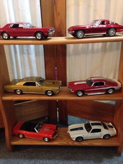 1:18 scale die cast model cars