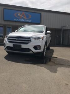 2018 Ford Escape Titanium TITANIUM! HUGE PANO ROOF! LEATHER!...