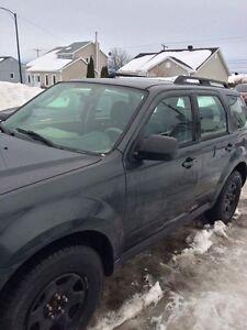 Mazda Tribute 2009 ! Doit vendre