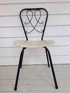 Gorgeous Retro Vintage Chair Miami Gold Coast South Preview