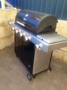 Rinnai IT4 hooded portable BBQ East Fremantle Fremantle Area Preview