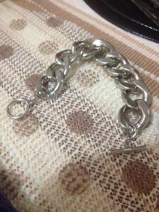 Women's bracelet Cranebrook Penrith Area Preview