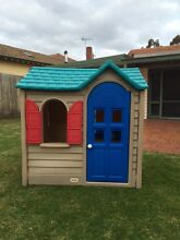 Little Tikes Cubby House Hampton Bayside Area Preview