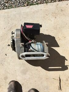 Selling a Warn high mount winch Royalla Queanbeyan Area Preview