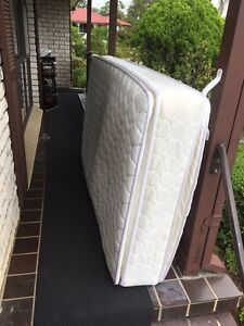 King single bed$25 pick up only Bradbury Campbelltown Area Preview