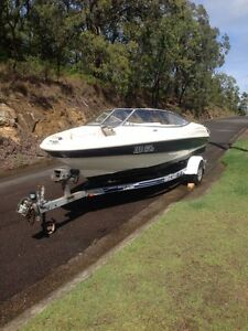 Bayliner 1850 capri, 4.3L MPI V6, Bowrider Fishing Point Lake Macquarie Area Preview