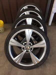 Vx GTS / Vy R8 GENUINE HSV wheels 19x8 Wetherill Park Fairfield Area Preview
