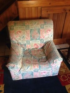 Lounge chairs Harristown Toowoomba City Preview