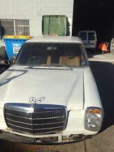 Mercedes Benz 280e 1975 w114 Smithfield Parramatta Area Preview