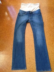 Jeans West Maternity jeans size 8 Chain Valley Bay Wyong Area Preview