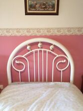 Single girls bed Seaham Port Stephens Area Preview