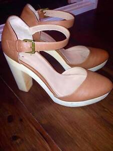 pull&bear or aldo leather high heel size 8 block heels Chatswood Willoughby Area Preview