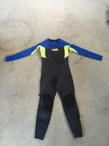 WEST Boys Wetsuit Size 14 hardly used North Narrabeen Pittwater Area Preview
