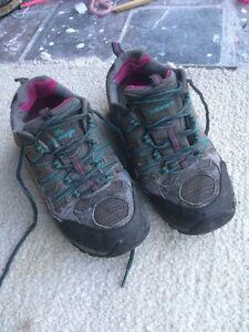 Kathmandu hiking shoe - US 8 Newington Ballarat City Preview