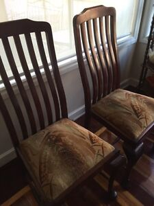 Antique Dining Chairs Thomastown Whittlesea Area Preview