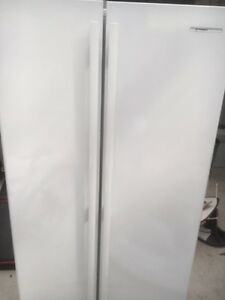 Westinghouse side by side fridge freezer Tuncurry Great Lakes Area Preview