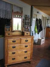 DUCHESS DRESSING TABLE!   (ALBANY) Albany 6330 Albany Area Preview