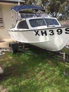 Hartley half fishing boat Elizabeth West Playford Area Preview
