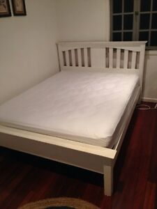Queen sized bed frame Kelvin Grove Brisbane North West Preview