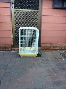Bird Cage. Bradbury Campbelltown Area Preview