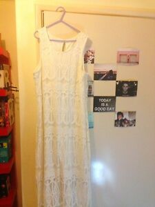 Lace dress for sale! Bertram Kwinana Area Preview