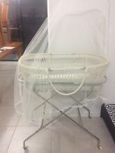 White plastic woven bassinet Victoria Point Redland Area Preview